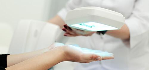 Phototherapie mit UVB-Strahlung